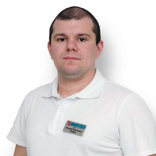 Токарев Виталий Васильевич- стоматолог-терапевт, ортопед