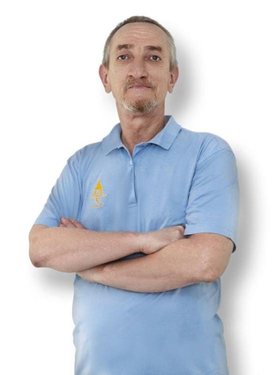 Твердохлеб Владимир Васильевич - стоматолог-хирург